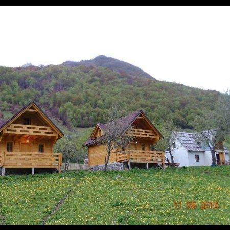 Lëpushë, Албания: getlstd_property_photo