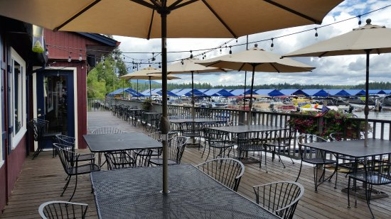 Hayden, ID: Outside seating