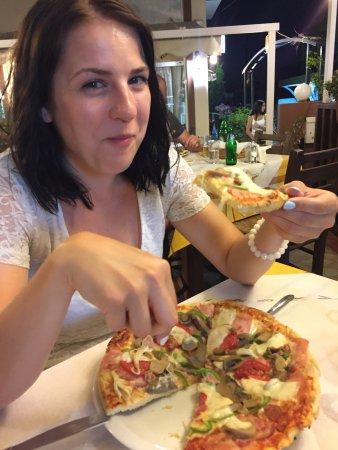 Bardzo dobra pizza