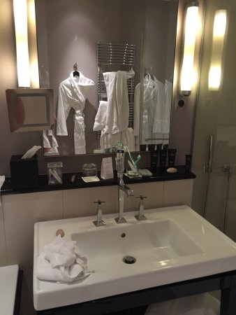 Hotel Le Burgundy: photo2.jpg