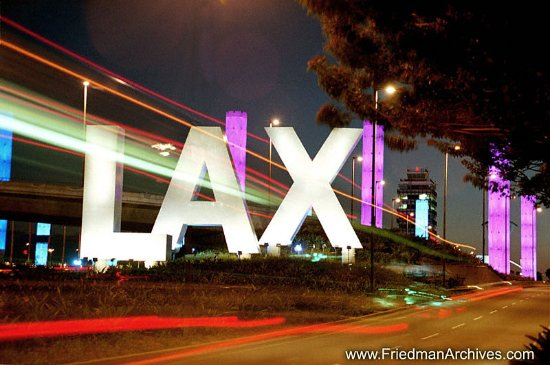 Lawndale, CA: Free shuttle to LAX.