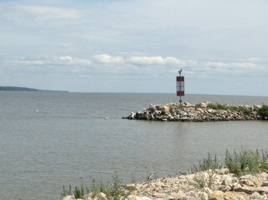 Hecla Island, แคนาดา: View of water from hecla village