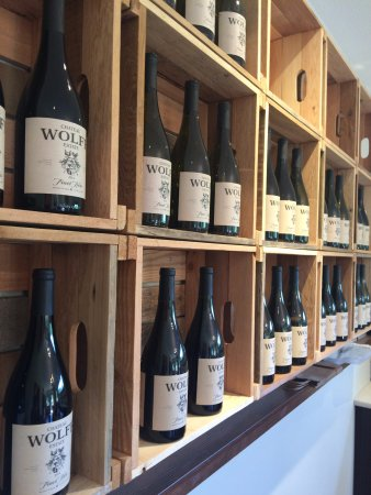 Nanaimo, Kanada: well organized and lots of great wine to please