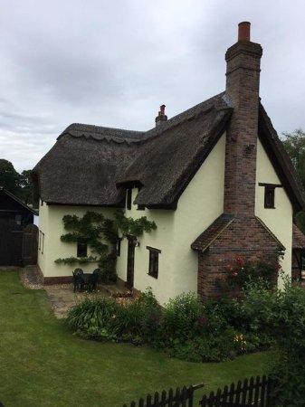 Kingfisher Retreat: The main house.