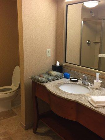 Hampton Inn & Suites Hartford/East Hartford: photo1.jpg