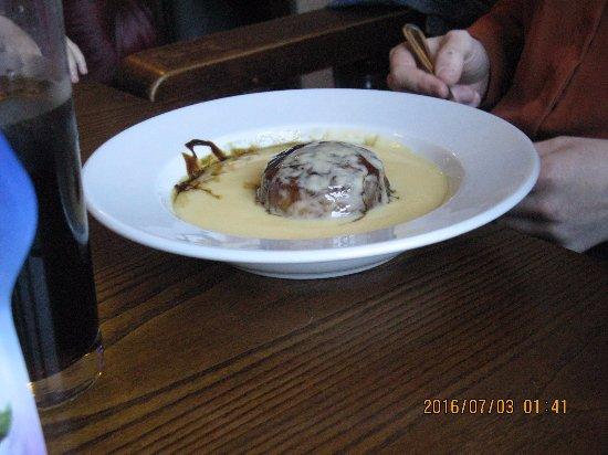 โบลตัน, UK: Sticky Toffee pudding