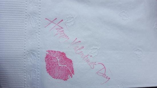 Casa Manzano Restaurante: los detalles cuentan, servilletas para el día del amor y la amistad