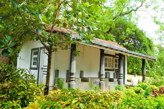 Habarana Inn