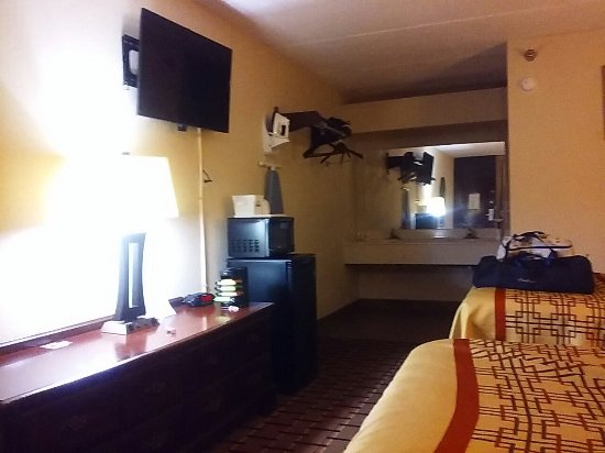 Picture Of Days Inn Suites Pigeon Forge Pigeon Forge Tr