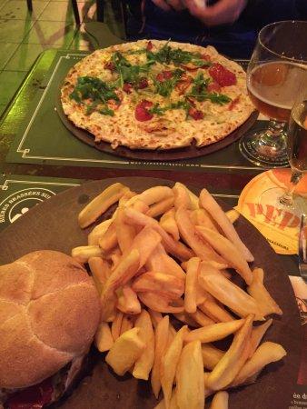 Jaux, فرنسا: Les 3 Brasseurs