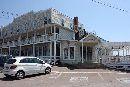 Tides Restaurant, Alma New Brunswick