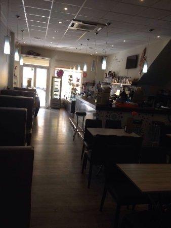 Bormujos, Spagna: CAFETERÍA BELIS
