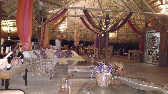 Nevis: Coconut Grove