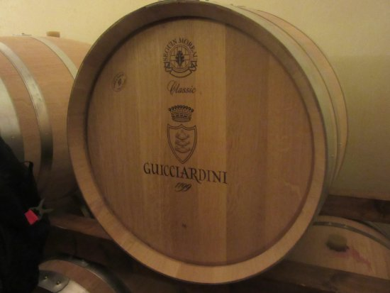 Montespertoli, อิตาลี: barrels of the good stuff!