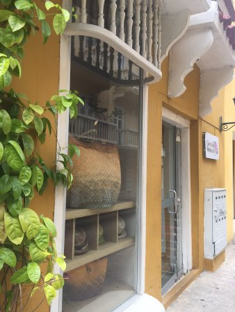 Bolsas A Venda Picture Of Colombia Artesanal Cartagena Tripadvisor