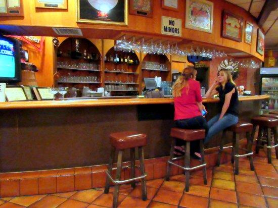 Dona Maria's Tamale Shop: Bar inside restaurant.