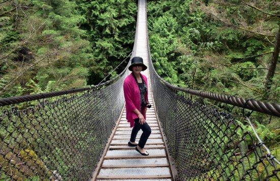North Vancouver, Canada: Lynn Canyon Suspension Bridge