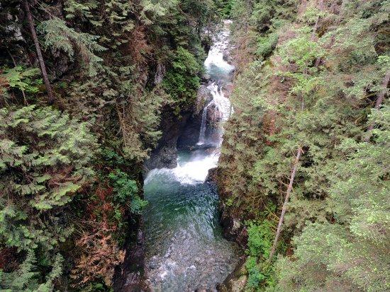 North Vancouver, Canada: Waterfall under the Suspension Bridge