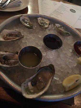 River Oyster Bar: photo0.jpg