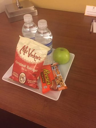 Malta, NY: Amenity in room!