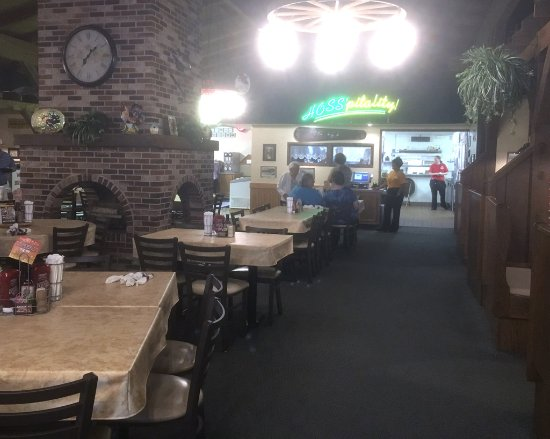 Hoss' Family Steak and Sea interior Huntingdon PA