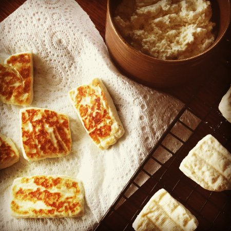Neutral Bay, Австралия: Halloumi Making with our Mediterranean Cheese Making Kit