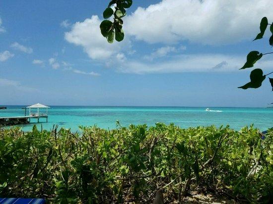 Sandyport Beach Resort: 3664-MMS-1467587127000-attachment1-20160703_142750_large.jpg
