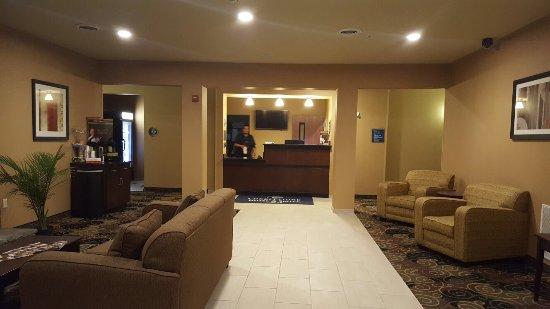 Pecos, Teksas: Cobblestone Hotel & Suites