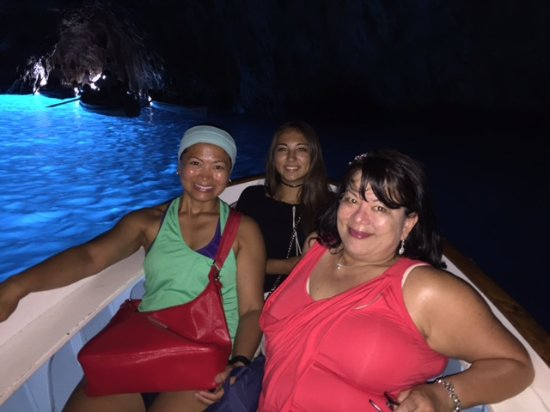 Italy Limousine: Inside the Blue Grotto