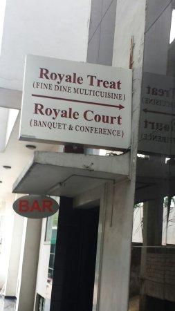 Hotel Royale Ambience: 20160711_151902_large.jpg