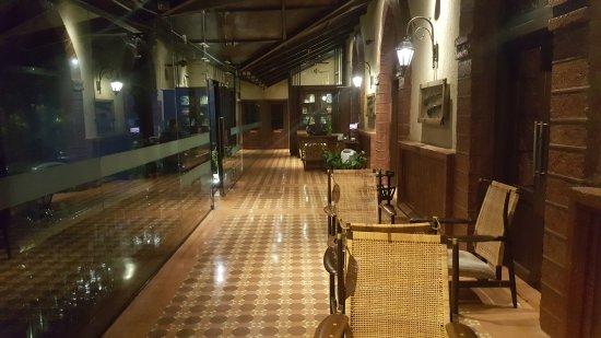 Regenta MPG Club Mahabaleshwar: Reception launge