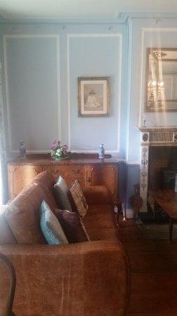 Morley Retreat Tea Rooms: Interior