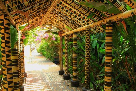 Ziguinchor, Sénégal : Jardin de l'Alliance Française - 2