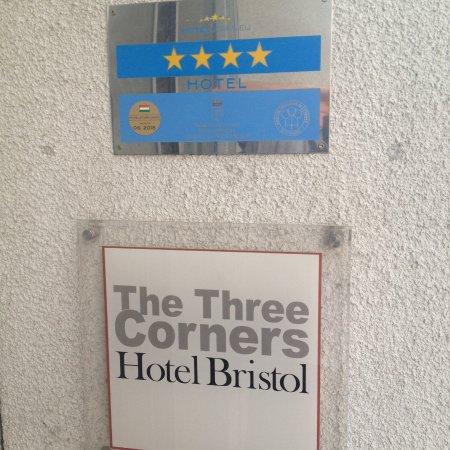 The Three Corners Hotel Bristol Bild