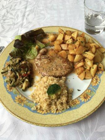 Archamps, France: L'assiette du jour