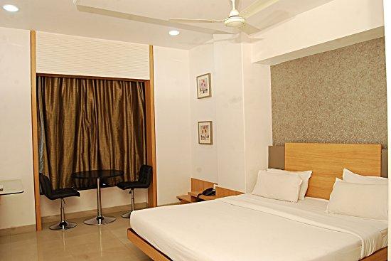 Hotel Admiral Suites