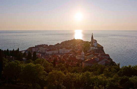 Hotel Riviera - LifeClass Hotels & Spa: Sunset in Piran