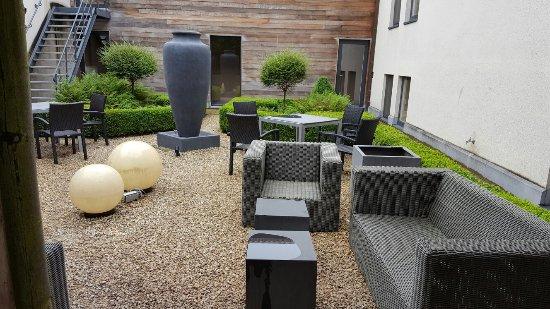 Flanders Hotel: TA_IMG_20160713_103657_large.jpg