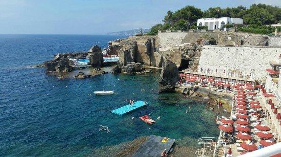 Scogliera fantastica foto di bagno marino archi santa cesarea terme tripadvisor - Piscina sulfurea santa cesarea terme ...