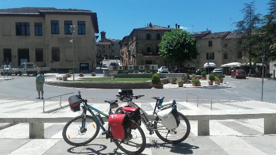 Monticiano, İtalya: 20160628_122737_large.jpg
