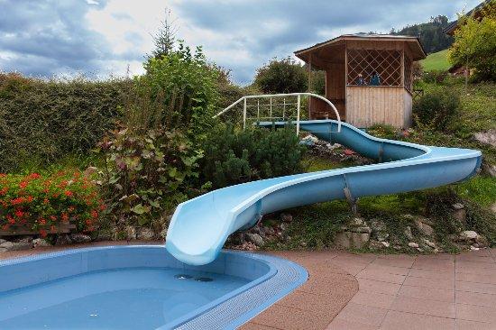 10m lange wasserrutsche bild von johanneshof gro arl tripadvisor - Wasserrutsche fur pool ...