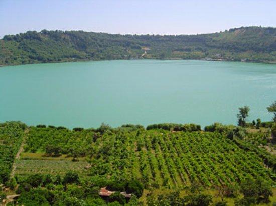 Lago averno foto di lago d 39 averno pozzuoli tripadvisor for Lago lucrino