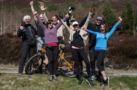 Ardgay, UK: Happy guests after a fun bike ride
