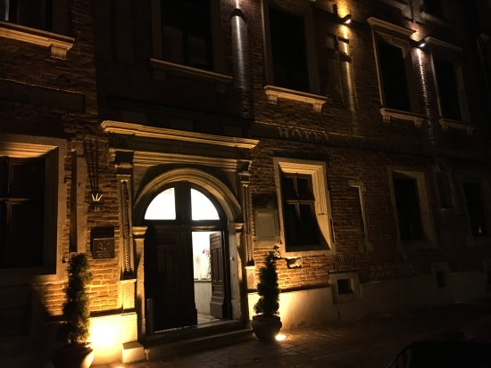 Hotel Copernicus: Welcoming warm lighting