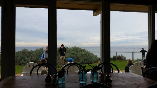 Parkdale, Australia: Looking from the Cafe towards the water