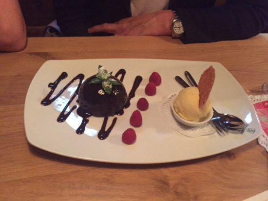 Altstaufner Einkehr: Schokoladengugelhupf