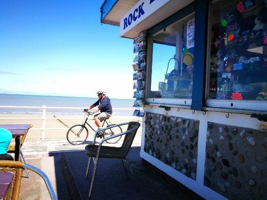 Rhos-on-Sea, UK: TA_IMG_20160713_140350_large.jpg