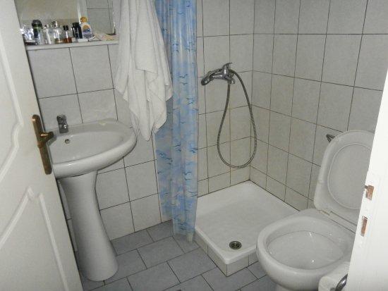 Alykes Garden Village: luxury bathroom!!!