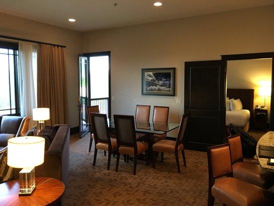 Waldorf Astoria Park City: Superior suite dining room