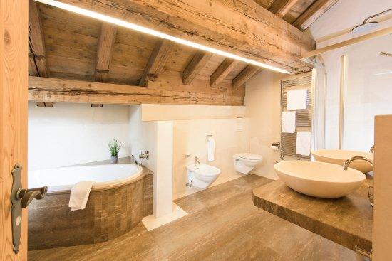 Silvaplana, Suíça: Badezimmer